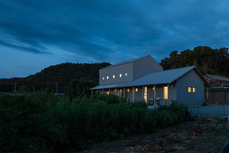 多賀町の家